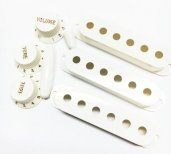 Fender Pure Vintage '50s Stratocaster® Accessory Kit