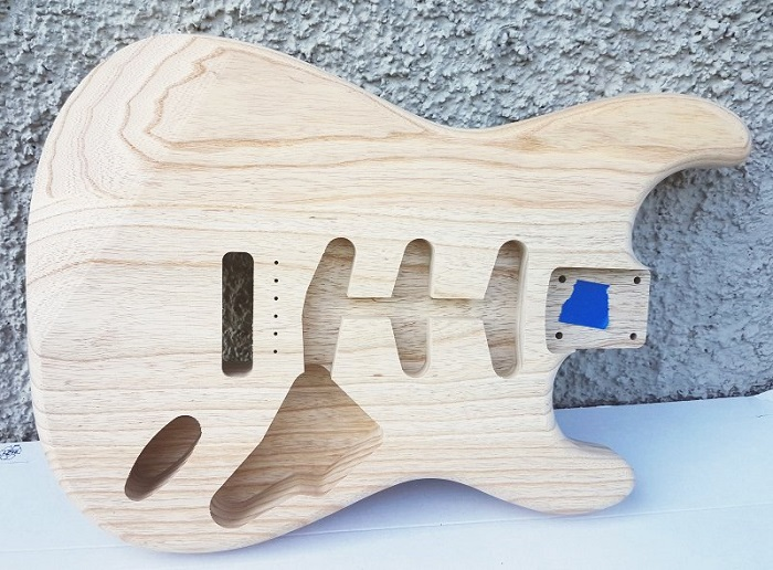 Hosco Strat Body Swamp Ash Unfinished CNC 1.9-2.0